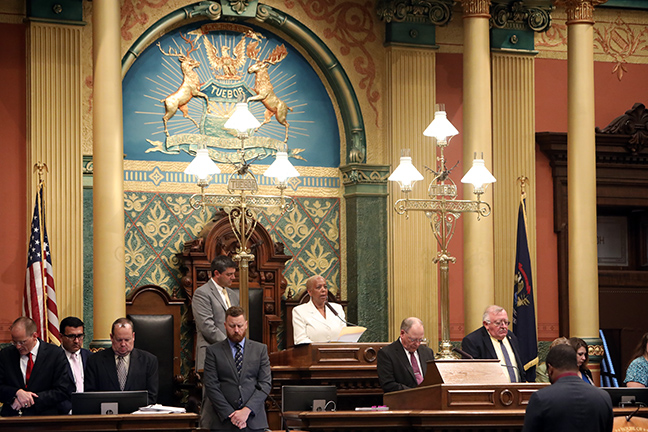 State Rep. Cynthia A. Johnson (D-Detroit) gives the invocation on Tuesday, Sept. 3, 2019.