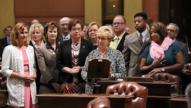 State Reps. Jewell Jones (D-Inkster) and Sherry Gay-Dagnogo (D-Detroit) joined First Lady Sue Snyder and other lawmakers to recognize October as Breast Cancer Awareness Month in Michigan, on Wednesday, Oct. 4, 2017.