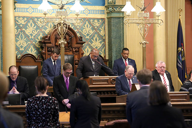 State Rep. Tyrone Carter (D-Detroit) welcomed Reverend Alex Hill, of New Mount Hermon Baptist Church in Detroit, for the invocation on Thursday, February 21, 2019.