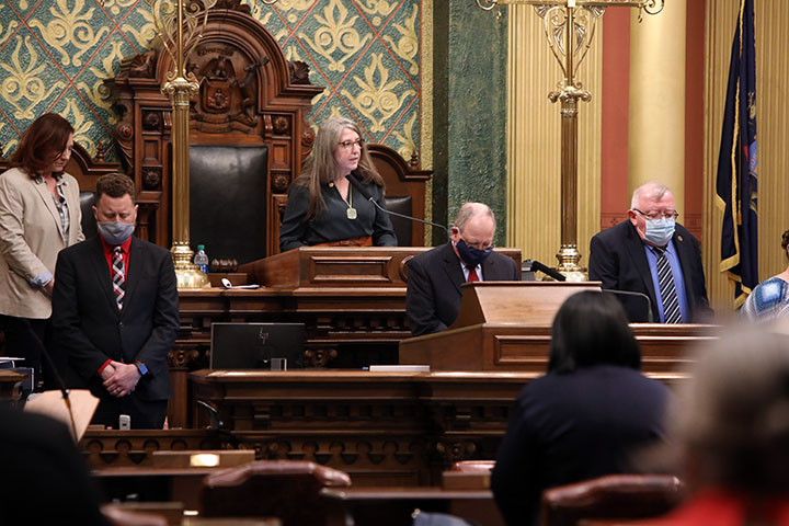 State Rep. Rachel Hood (D-Grand Rapids) gave the Invocation to start session on Tuesday, May 4, 2021.